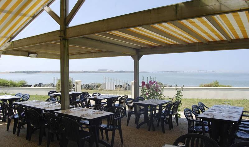 Restaurant le caf de la mer restaurants nieul sur mer la rochelle tourisme - Cuisine sur mesure la rochelle ...